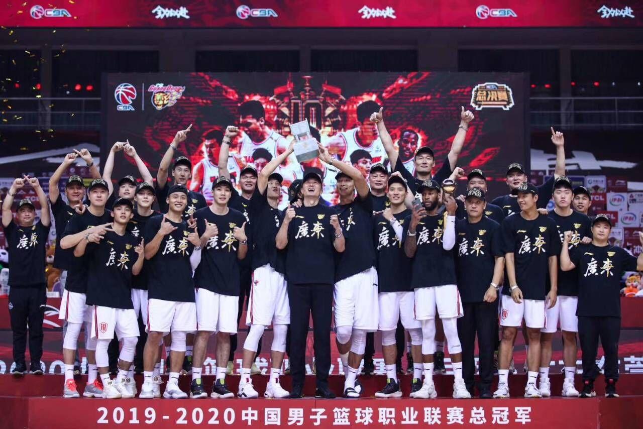 广东献CBA十冠神迹, TCL以冠军致敬冠军